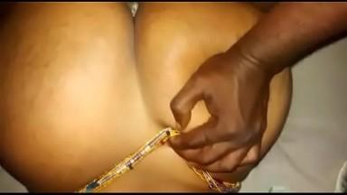 Sextape de Oumy Gaye miss Jongoma 2012 (cette video date de 2011)